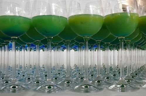 CocktailGlassesGreenLiquidImageRobertBauerWikimediaCommons