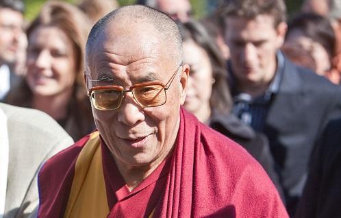 DalaiLamaVancouverImageKrisKrgWikimediaCommons