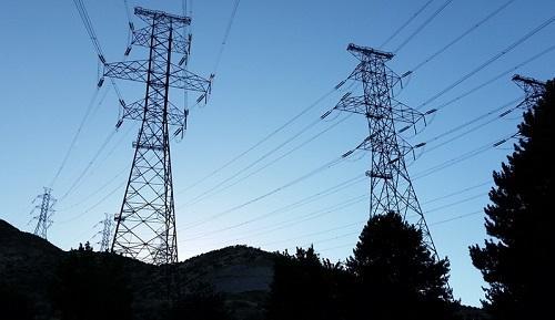 ElectricityPowerLinesImageVaristor60WikimediaCommons