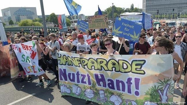 "19th annual ""Hanfparade"" (hemp parade) in Berlin. Image via Deutche Welle."