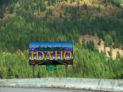 IdahoWelcomeSignImageKrisViaWikimediaCommons