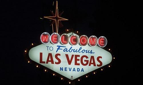 LasVegasSign At NightImageSimeon87ViaWikimediaCommons