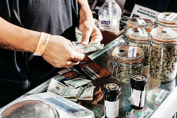 Image of legal marijuana cash sales