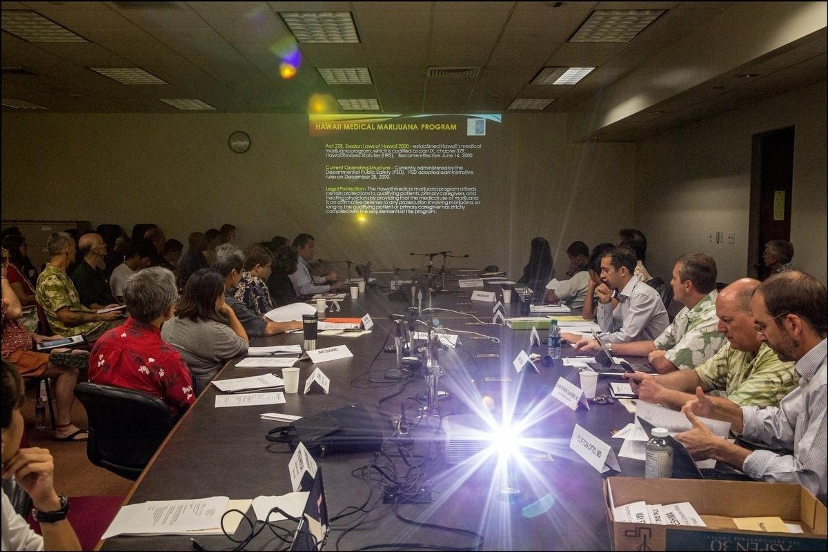 Image of medical marijuana meeting in Hawaii