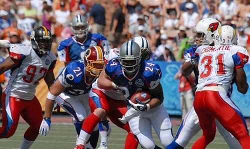 NFL2008ProBowlViaWikimediaCommons