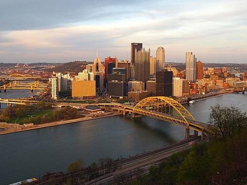 Downtown Pittsburgh skyline. Image: Robpinion via Wikimedia Commons