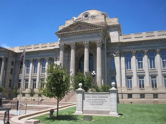 Pueblo County Courthouse, Pueblo, CO. Image: Billy Hathorn via Wikimedia Commons