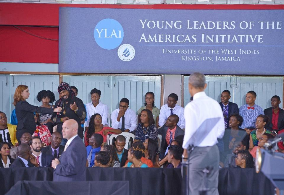 Image of President Obama answering marijuana questions in Jamaica