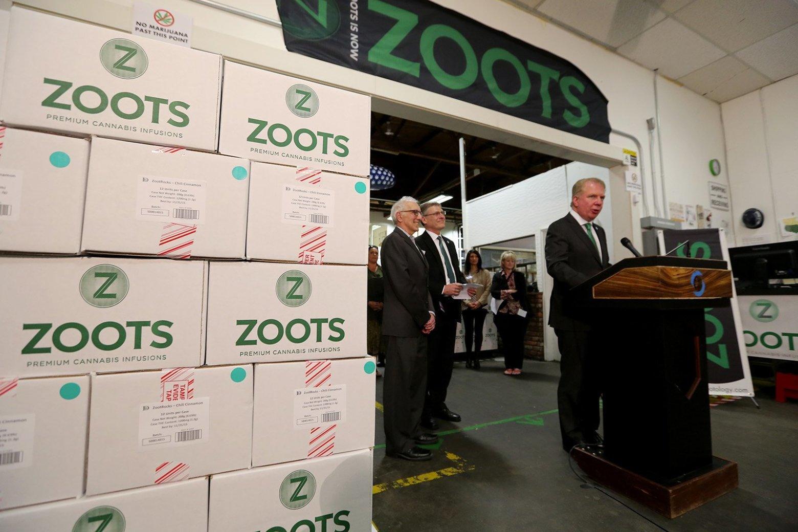 Image of Seattle mayor Ed Murray announcing new rules for marijuana