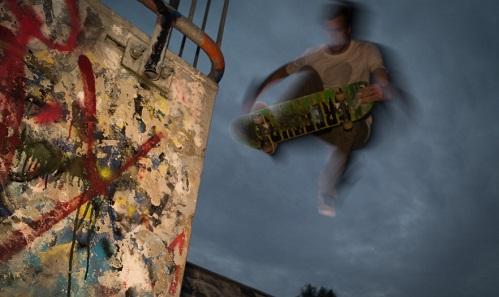 SkateboarderImagePexelsViaGrindTVDotCom