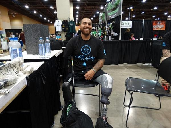 Veteran Jose Martinez, who lost three limbs in Afghanistan, found relief to his pain with medical marijuana. Image: Shanna Hogan, Phoenix New Times