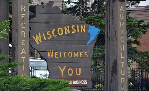 WisconsinWelcomeSignImageAndreasFaesslerViaWikimediaCommons