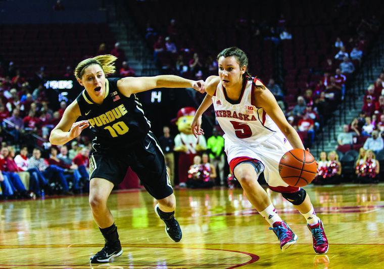 Womens Basketball Image
